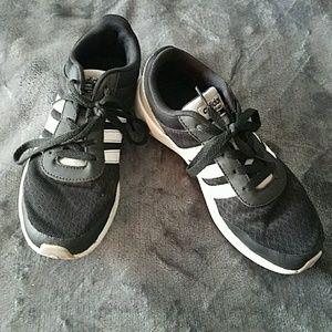 Adidas Cloudfoam Sneakers size 3.5 unisex